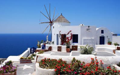 Септемврийски празници на остров Санторини