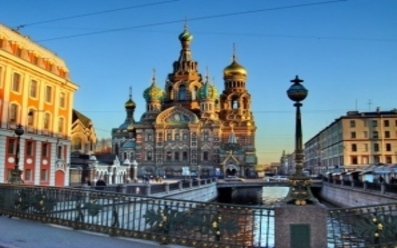 ПРИБАЛТИЙСКИТЕ РЕПУБЛИКИ, Полша и САНКТ ПЕТЕРБУРГ