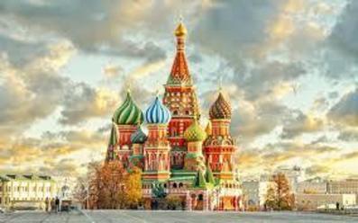 Великолепието на Русия МОСКВА И САНКТ ПЕТЕРБУРГ