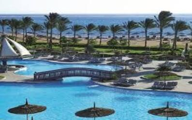 Coral Sea Water World Resort 4* LUX